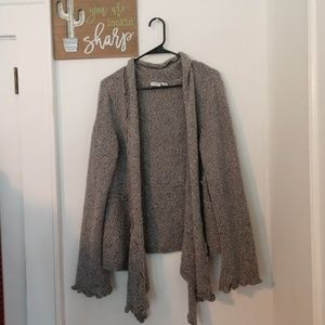 Cato XL sweater in neutral gray